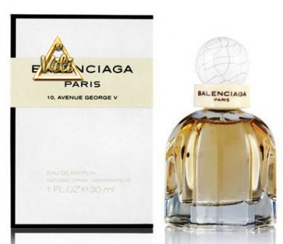 Balenciaga Paris 10, Avenue George V woman